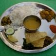 Le plat emblématique du Népal : le dhal bat, a manger tous les jours sans modération (du riz, des lentiles en jus de cuisson, du curry de légumes, du papadum) […]